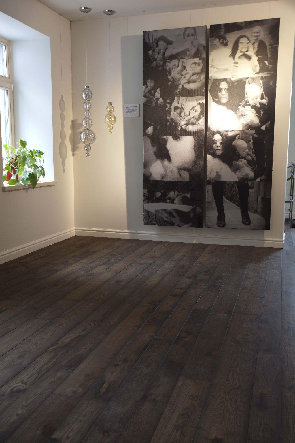 Medinės grindys iš ąžuolo: spalva Juodmedis 3409.