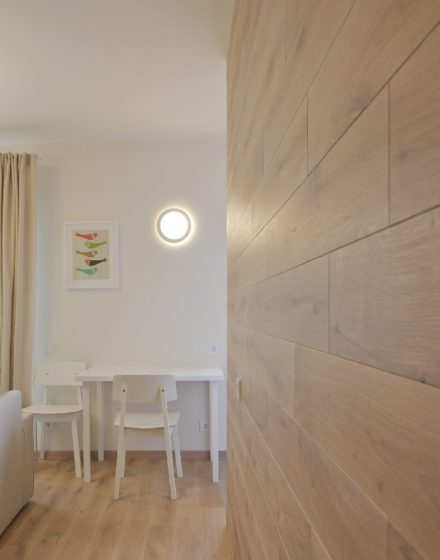 Deco wall, color 3409 Clear white